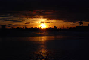 As the light fades away... by erinzinsky