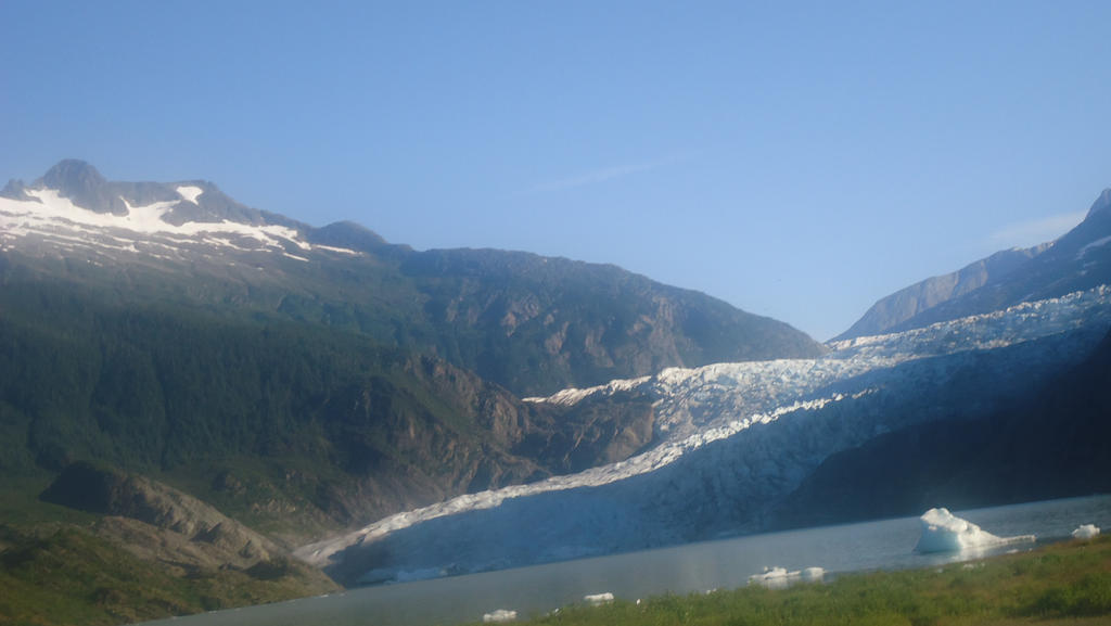 Glacier in Alaska by Jess2Lucky