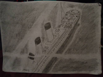 Sinking Titanic (Pencil Edition) by ArtLover324