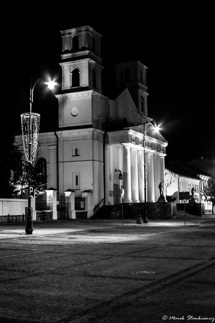 Suwali at night - st. Aleksandr Church by GreenShadow23