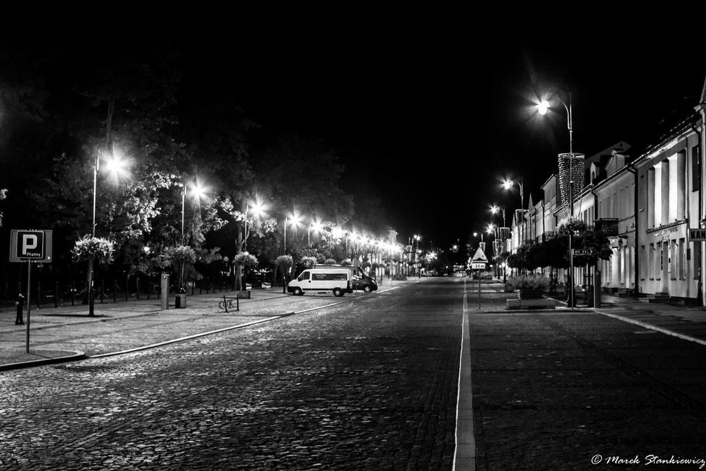 Suwali at night - Kosciuszki stret by GreenShadow23