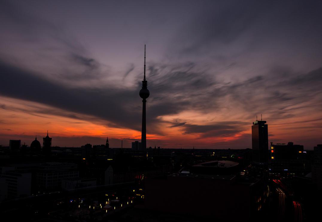 Berlin skyline by LuckyLisp