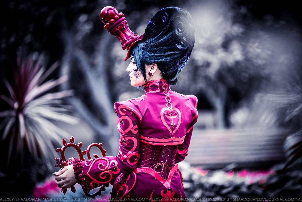 Queen of hearts by NemoZoe