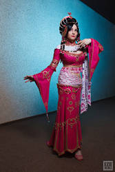 Scissors Crown - Indian Dancer