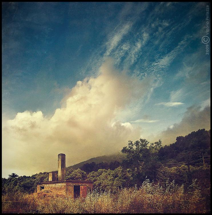 Cloudy flare by Vittorio-Pellazza