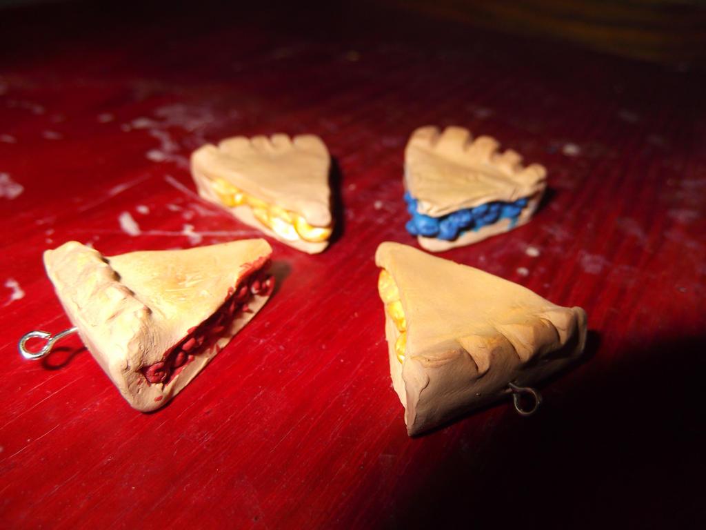 Slice of pie by xanimexartxloverx