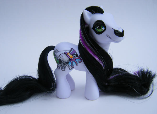 OOAK My Little Pony Voodoo by eponyart
