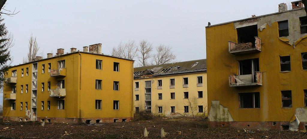 http://img00.deviantart.net/a475/i/2010/283/5/5/desolate_landscape_by_renegadeofpeace-d30hl0f.jpg