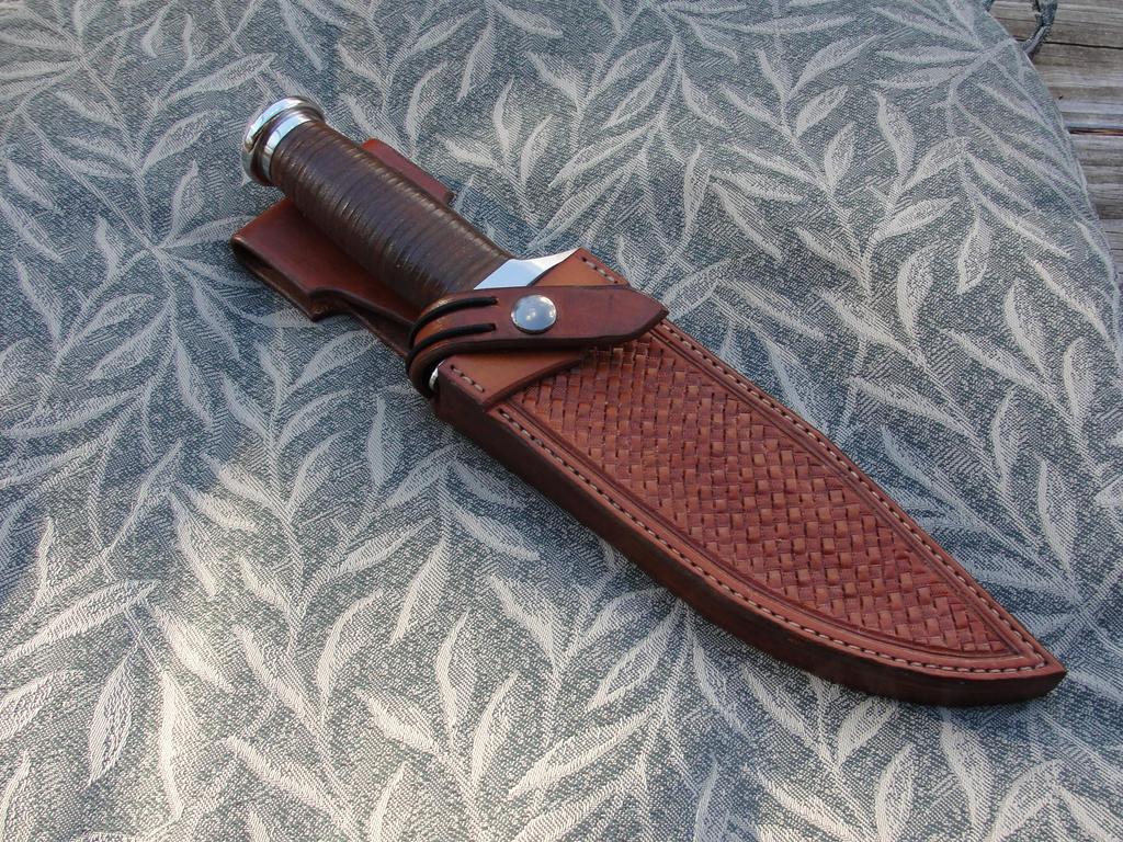 5160_custom_stacked_leather_handle_by_cardman-dath7fr.jpg