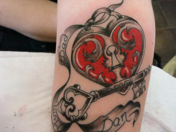 lock n key tattoo by ubertattooist