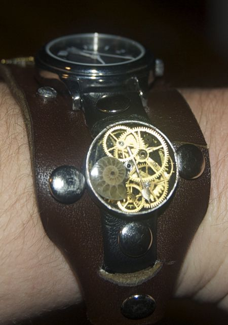 Steampunk Watch II by Phoenix-Cry