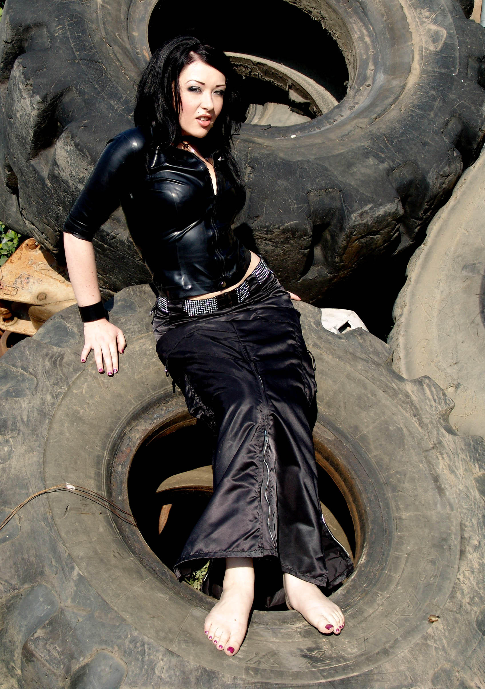 tires by Kittenstock