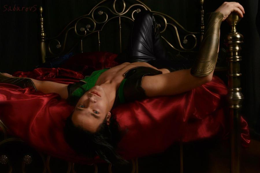 Loki cosplay by CharlieHotshot