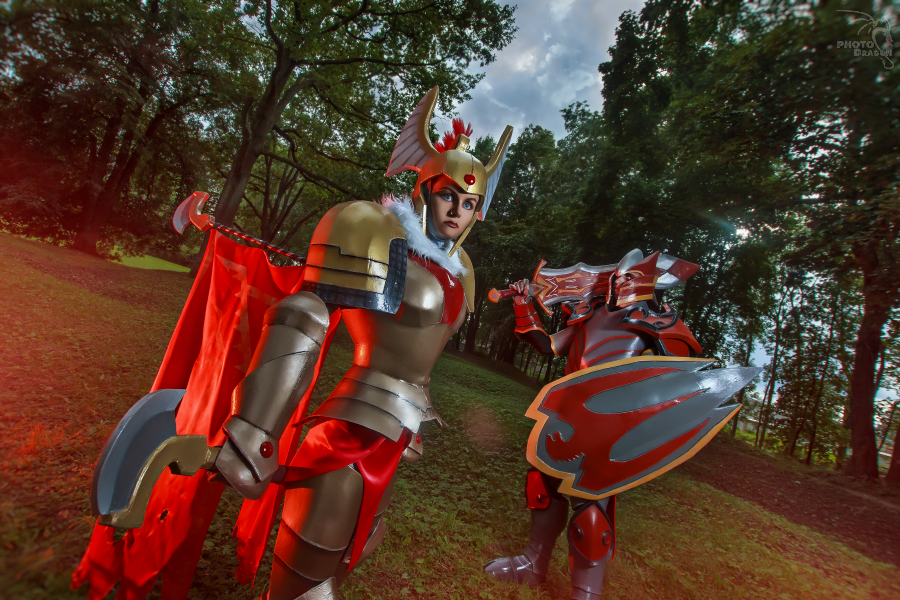 Dota 2 Legion Commander and Dragon Knight cosplay by ...