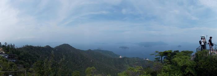 Itsukushima by tAkoRukun
