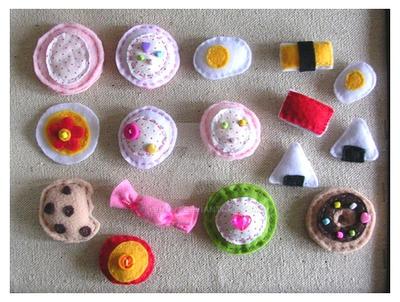 Handmade felt pins by yen-hm