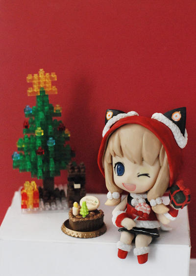 Nendoroid: SeeU - Christmas ver. by handockgirl