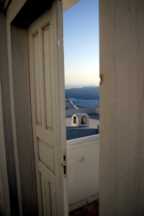 Merveilleux Half Open Door. By Jkentro ...