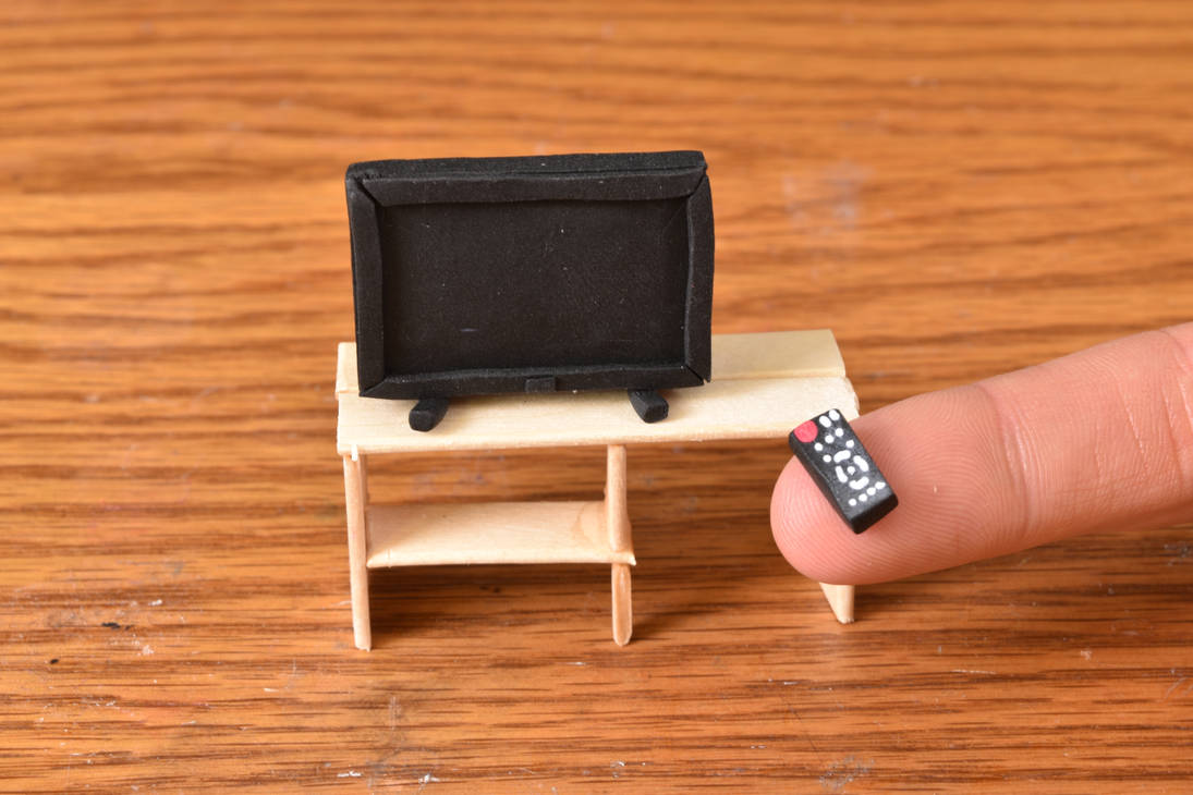 Miniature Clay TV And Remote by kerobyx