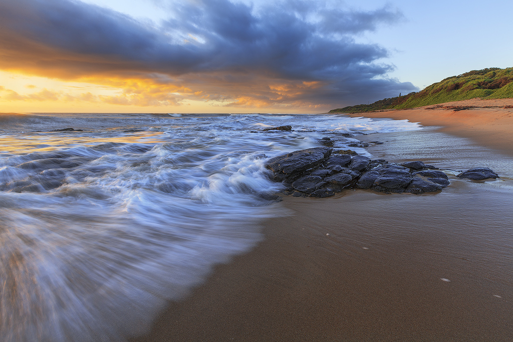 Tides in by carlosthe