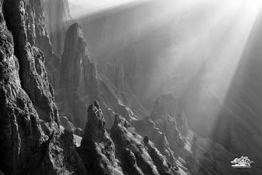 Drakensberg  by carlosthe