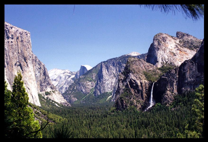 Yosemite Valley by usernamesarelame