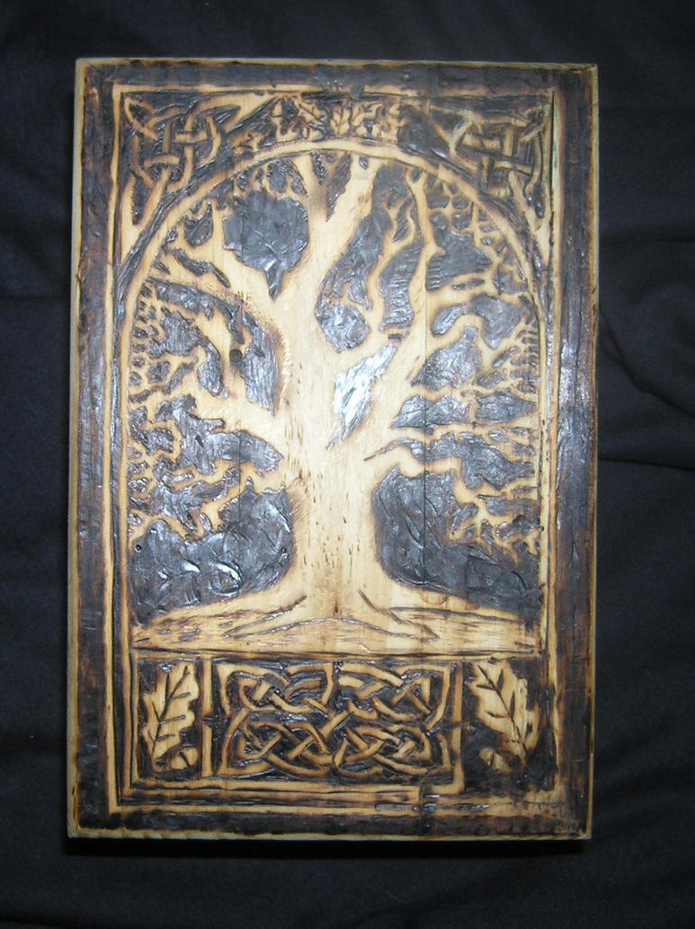 Celtic tree box by runehammer9
