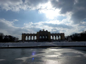 Gloriette of Schoenbrunn by Alistanniel