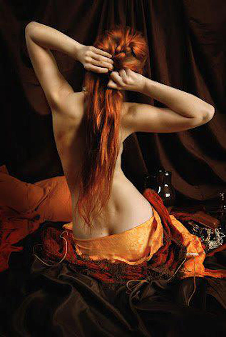 Рыже волосые девушки со спины фото 22 фотография
