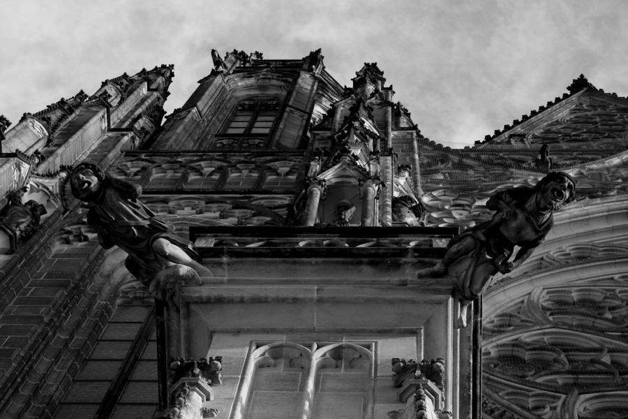 Gargoyles In Praha by light-shiver