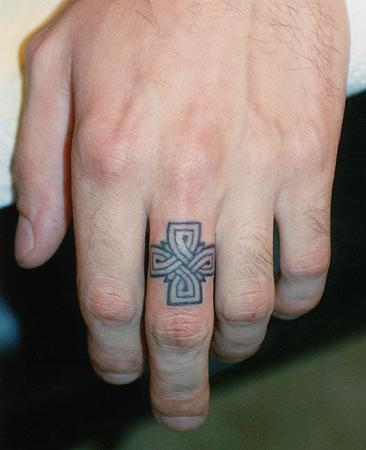 celtic ring by tattoozagreb on deviantart