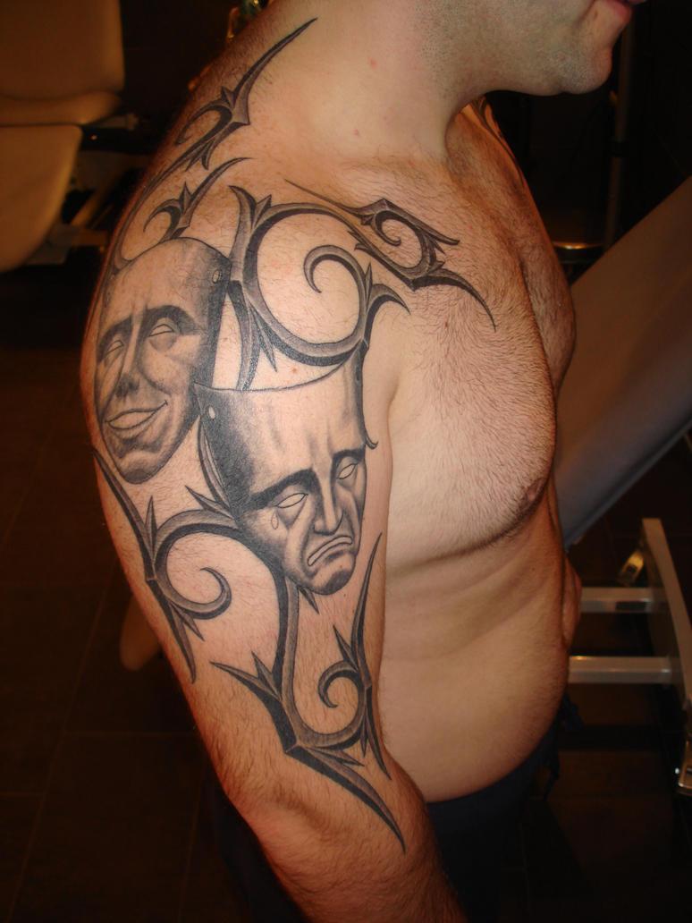 maske tattoo by Tatt