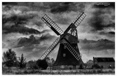 .: Windmill :. by amygdalon