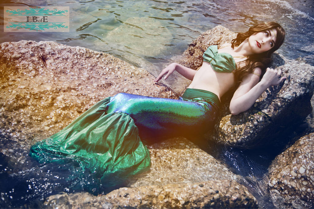 LBofE Walking Mermaid Tail - Relaxing by TheRestless88