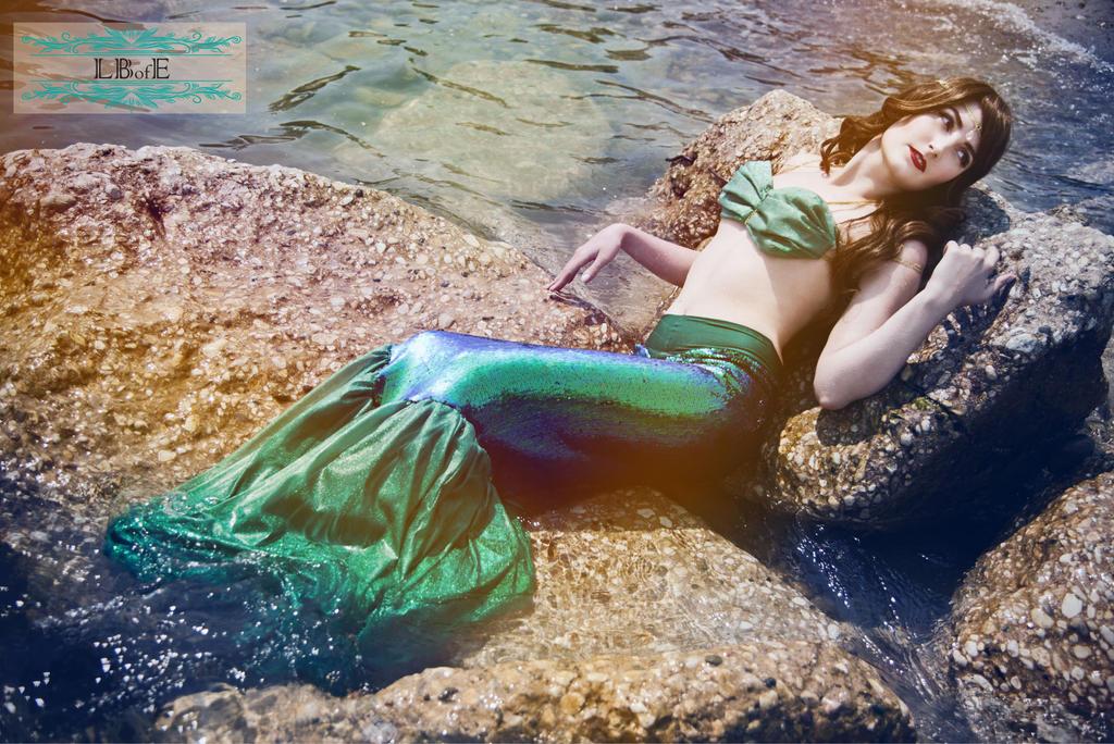 LBofE Walking Mermaid Tail - Relaxing