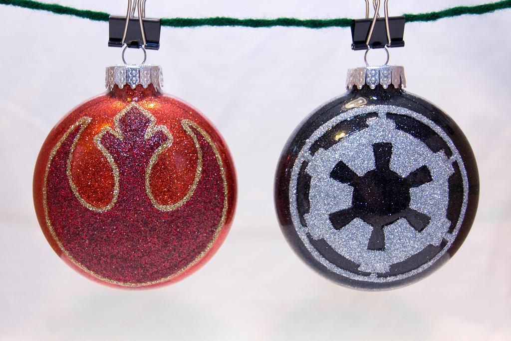Star Wars Insignia Ornaments by cutekick