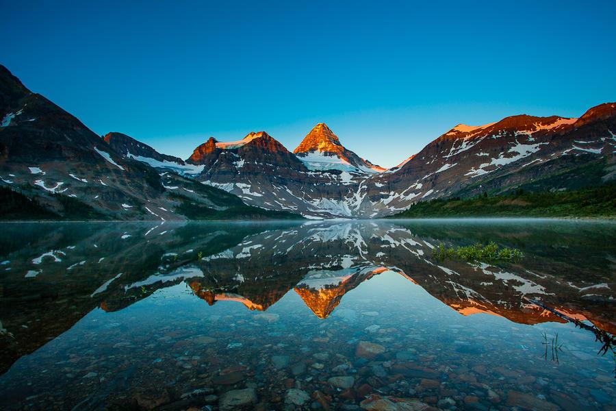 Mt Assiniboine by PuttPokE