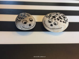 Smiling Stones 02