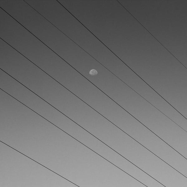 Moon and Line by adysanjaya