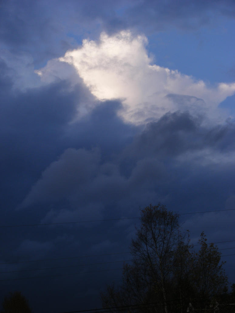 oct 17th skyshot by BlueIvyViolet