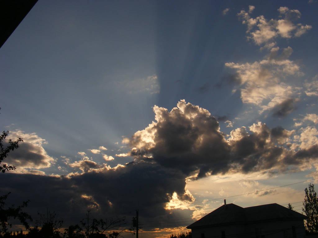 tonight's sky 2...aug 2nd 2015 by BlueIvyViolet