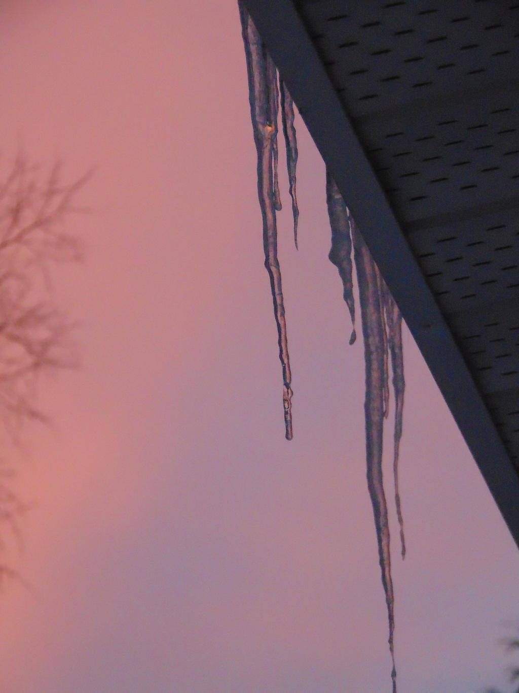 sunset Icicle by BlueIvyViolet