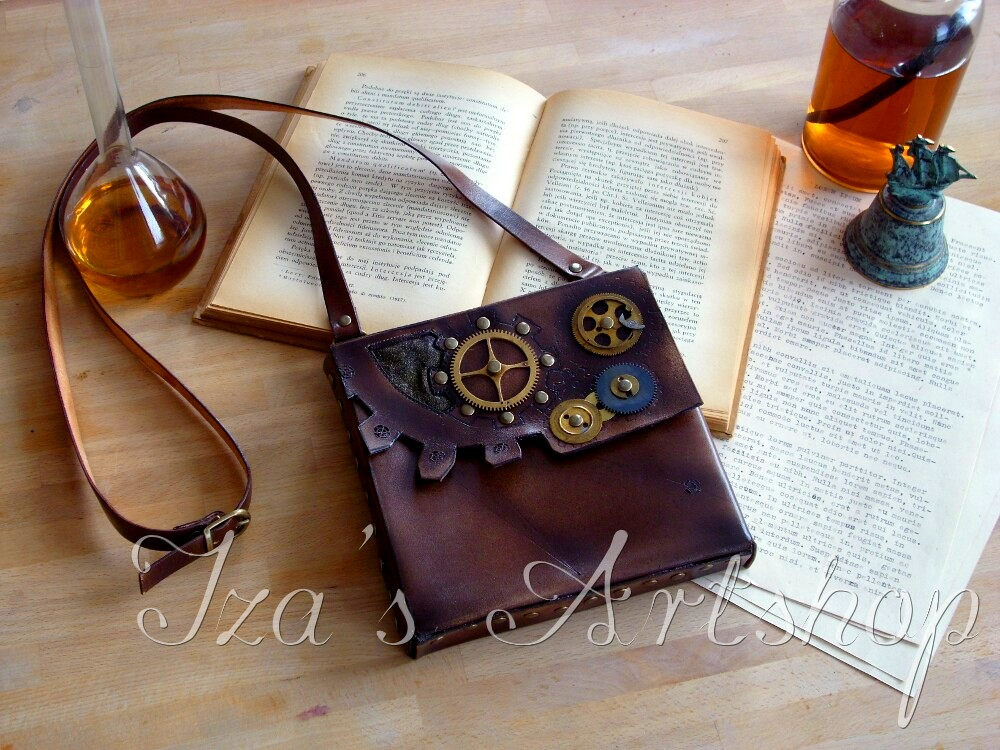 Steampunk leather pouch by izasartshop