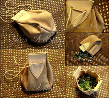 Medieval Leather Pouch by izasartshop