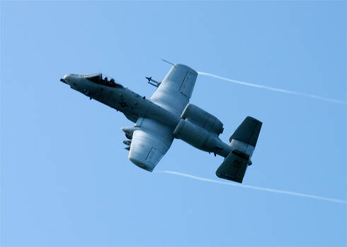 A-10 Warthog Coming OFF a Bomb Pass (103rd FS)