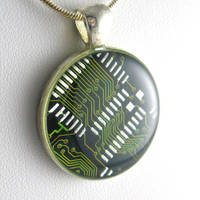 Gorgeous Eco Green Necklace