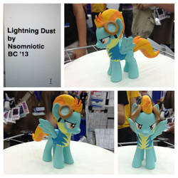 Lightning Dust by Nsomniotic
