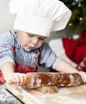 Child Christmas baking 3