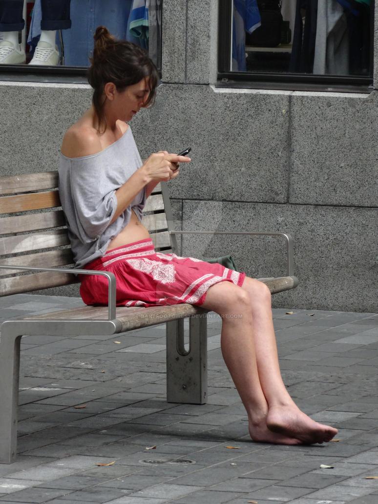 Asian girls dirty barefeet