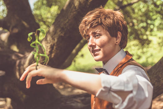 Attachment issues/ Newt Scamander cosplay